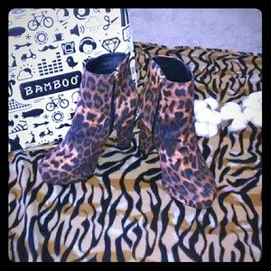 🆕WT: 🐆Ankle bootie💋